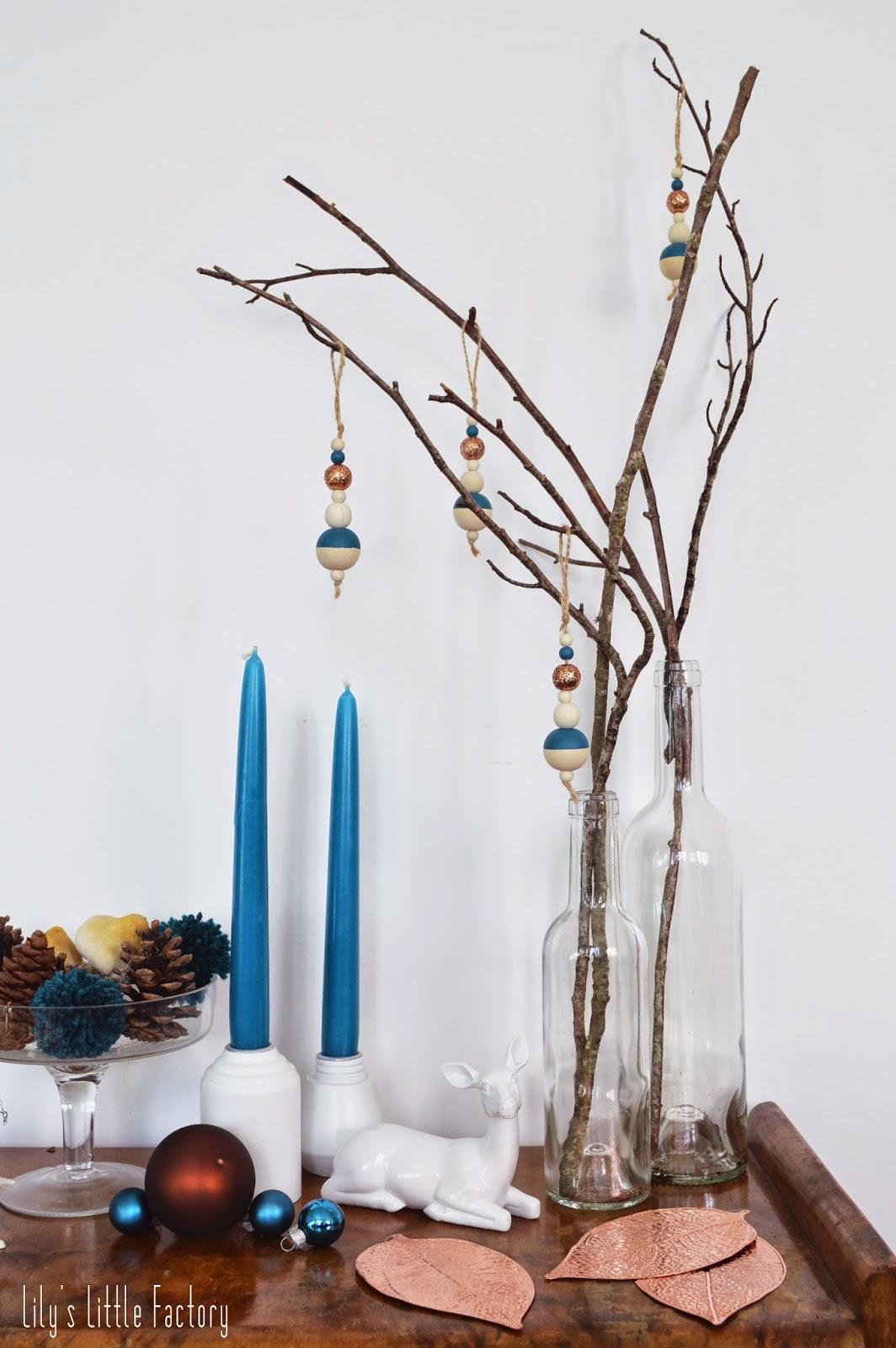 une d coration de no l en bleu canard et cuivre christmas time lily 39 s little factory blog. Black Bedroom Furniture Sets. Home Design Ideas