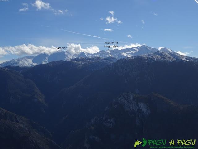 Sierra de Juan Robre: Vista del Macizo Oriental o de Andara