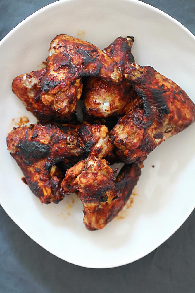Viel besser als bei KFC: Chicken Wings Chipotle! Köstlich mariniert! [Blogserie Ein ganzes Huhn – und was ihr daraus machen könnt, Teil 3] | Arthurs Tochter kocht. von Astrid Paul