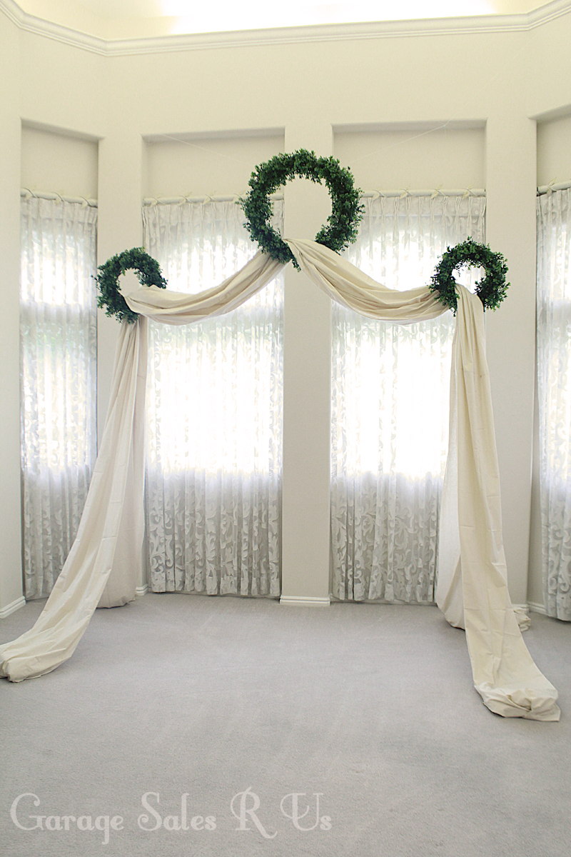 Garage sales r us diy wedding archway for Archway decoration
