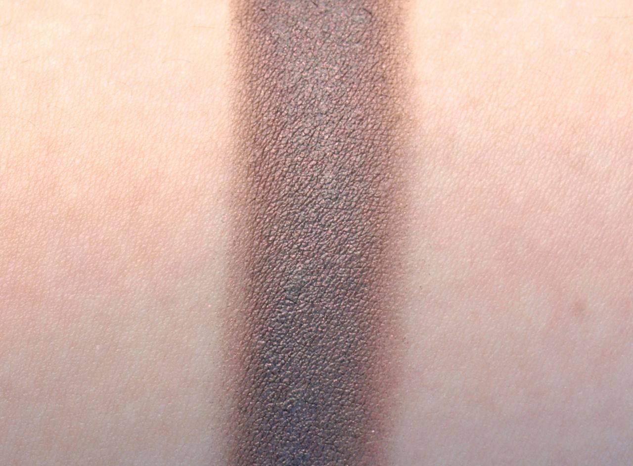 "Maybelline Eye Studio Color Tattoo Leather Cream Gel Shadow in ""Chocolate Suede"": Review and Swatches"