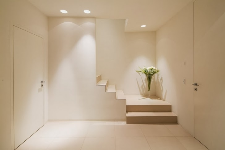 Hallway in Beautiful House Lombardo by Philipp Architekten