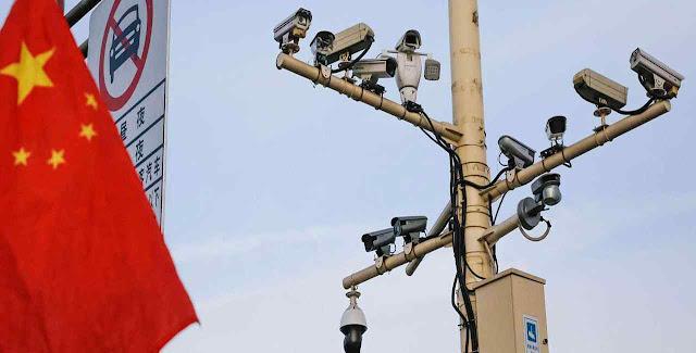 A invasão das telecâmeras está forçando os fiéis para se reunir em catacumbas