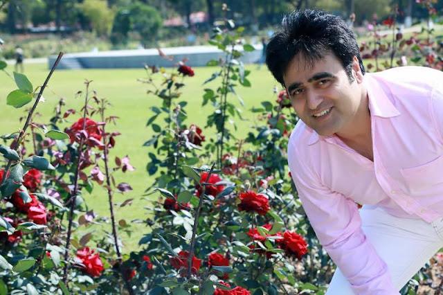 Sanjeev Juneja with Flowers