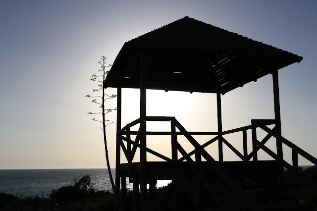 Miradores que dan nombre a la playa de los Miradores