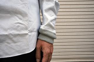 ブラックアンドブルーのMA-1ポケットシャツ ディテール(2)