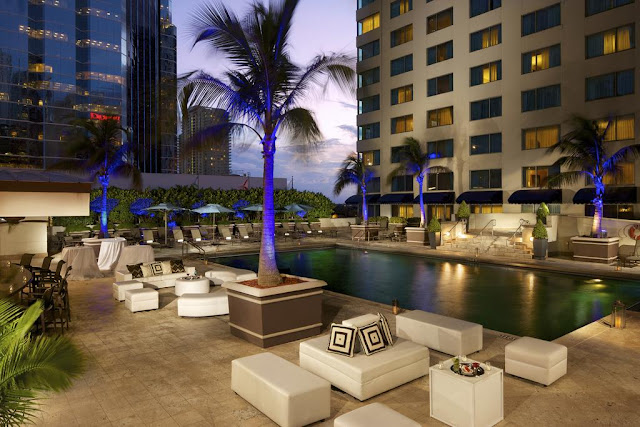 The JW Marriott Hotel is your choice if you're looking for a luxury hotel in Miami, with conference rooms, meeting room facilities and luxury day spa.