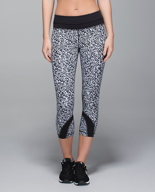 lululemon-brushed-animal inspire-crops