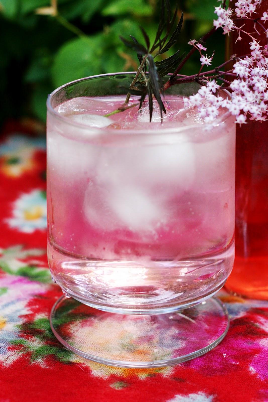 24 Hours Of Lemons >> Bell and Star: Pink Elderflower Cordial + Pink Fizz Elderflower Cocktail