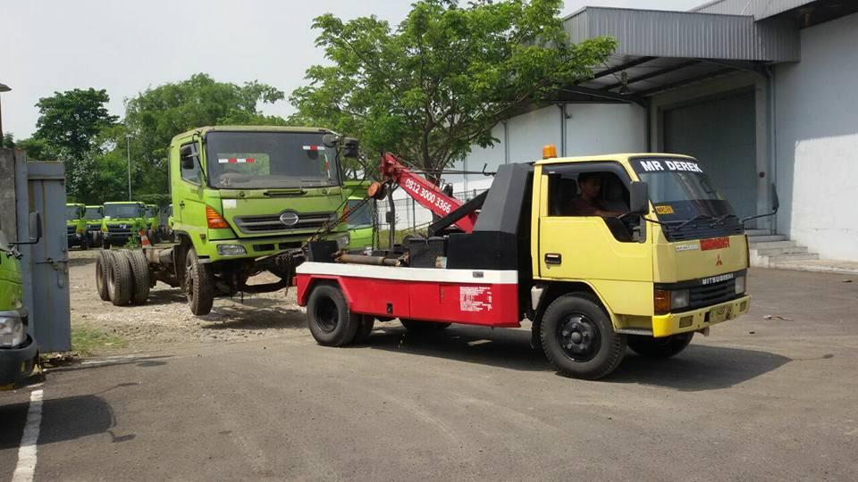 Derek Kediri 0812 3000 3366 Derek Mobil Kediri Surabaya Mobil Derek 0812 3000 3366 Jasa Derek Dalam Kota 24 Jam