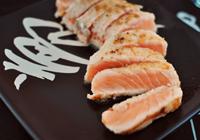 sashimi de salmão toast