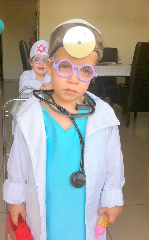 IMG 5271 - התחפשנו לרופאים!!!