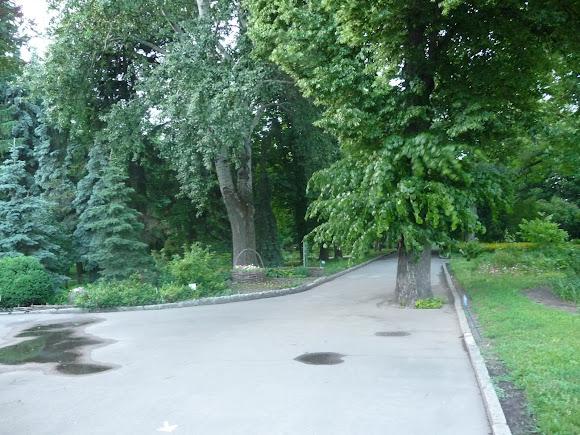 Сумы. Ул. Троицкая. Усадьба и парк им. Асмолова