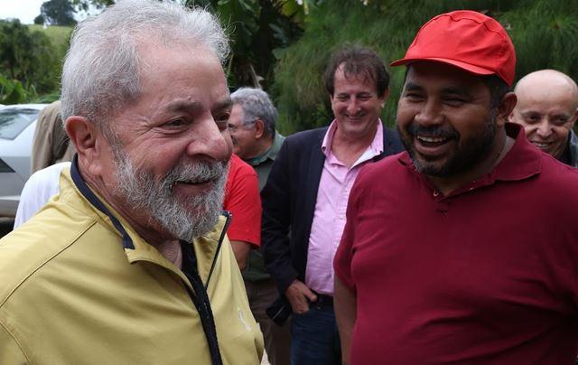 Lula esteve neste sábado em Guararema (SP), em ato contra Criminalização dos Movimentos Populares