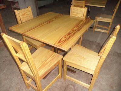 Juego de comedor de madera en Surco