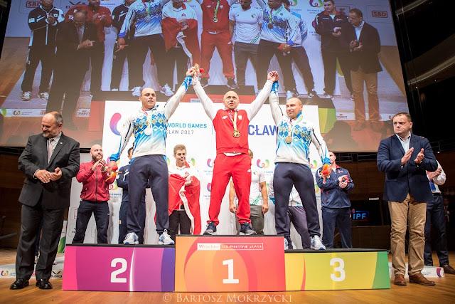 Jaroslaw Olech sacó oro en levantamiento de potencia en los Juegos Mundiales 2017, dando el segundo oro al país sede, Polonia