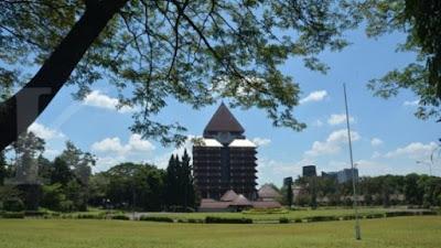 Internet Bisa Menjadi Sumber Informasi Tentang Universitas Indonesia