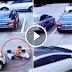 คลิปสยอง! สาวจีนมัวแต่ก้มหามือถือ สุดท้ายขับรถทับเด็กน้อย 3 คนเต็มๆ (ชมคลิป)