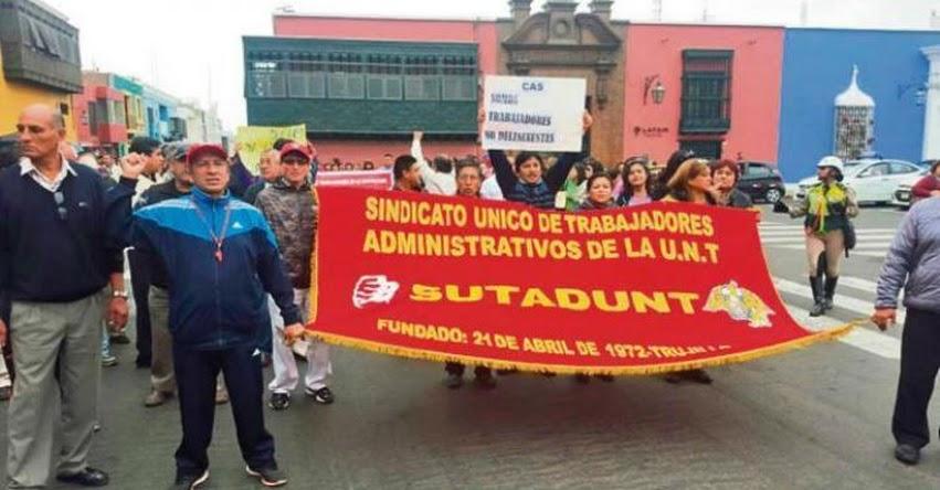 UNT: Administrativos de Universidad Nacional de Trujillo exigen salida de asesora y funcionaria