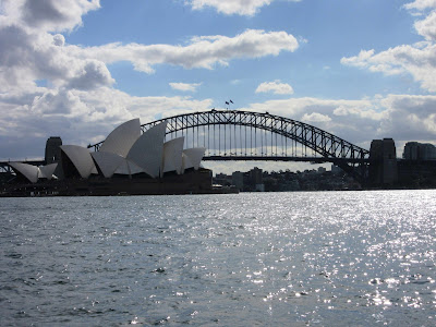 Sydney Opera House y Harbour Bridge desde Mrs. Macquarie's Chair