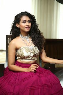 2018 july 6 Nitya Naresh at The Statement A Wedding Jewellery Exhibition Curtain Raiser2
