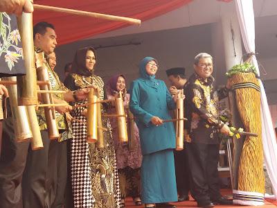 Gubernur Canangkan Bulan Bhakti Gotong Royong