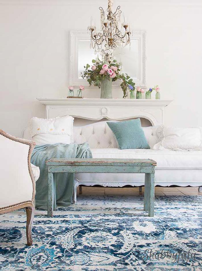 shabbyfufu-living-room-summer-decorating-mantels
