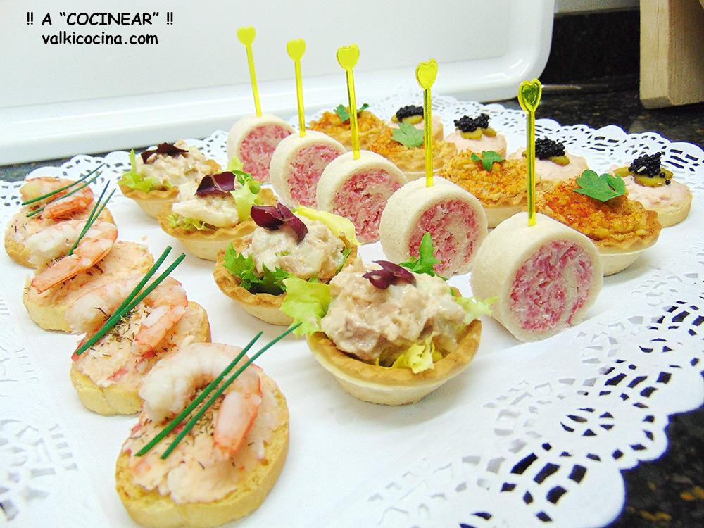 Canap s fr os variados bandeja de aperitivos a for Canapes faciles y ricos