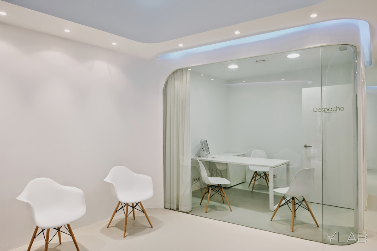 Clinica dental angels ylab arquitectos arquitectura y - Decoracion de clinicas dentales ...