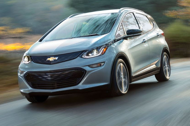 2017 CHEVROLET BOLT EV RANGE REVIEWS