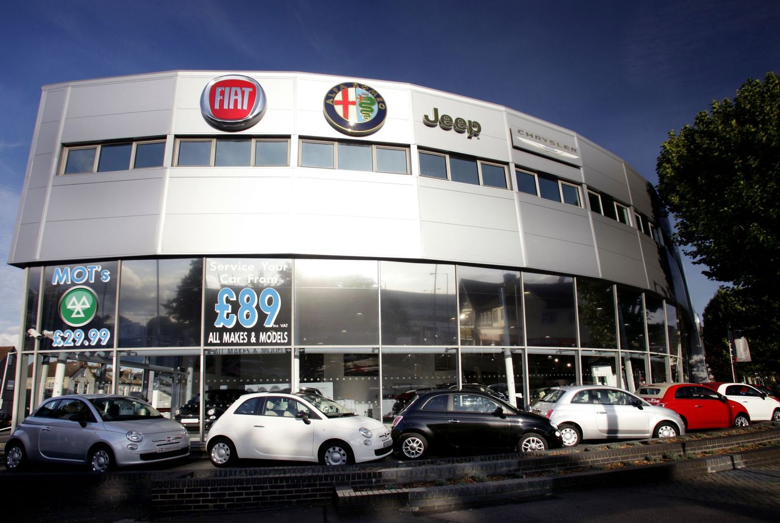 daily cars grand opening for new fiat group automobiles dealership. Black Bedroom Furniture Sets. Home Design Ideas
