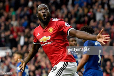 Sanchez, Lukaku to Shine as Injuries Open Ways at Man United