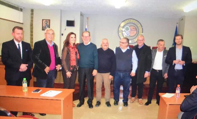 Συνάντηση Παν. Νίκα με αυτοδιοικητικά στελέχη και κατοίκους στο Ξυλόκαστρο