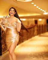 Jacqueline Fernandez New Photos HeyAndhra