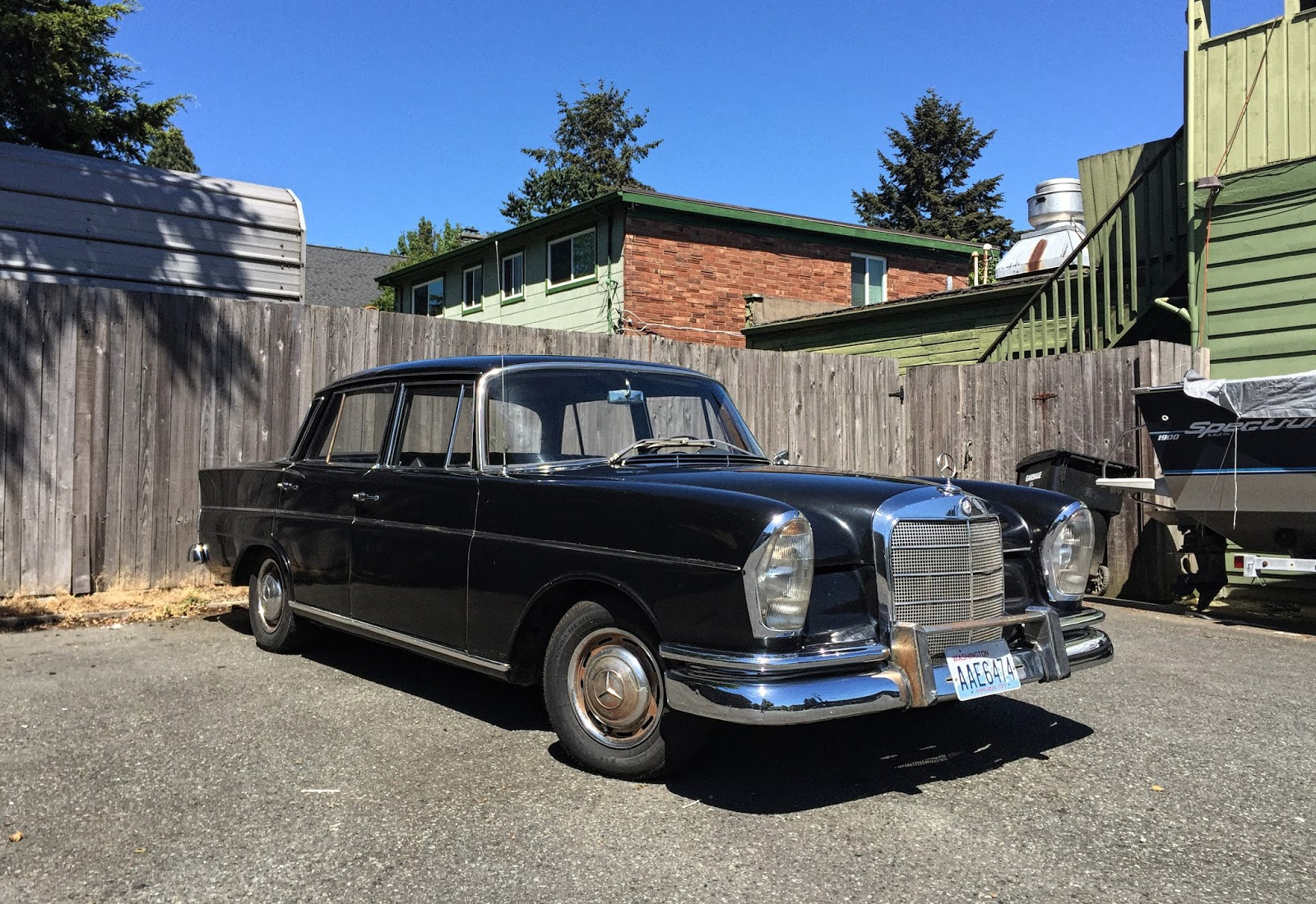 Seattle 39 s classics 1963 mercedes benz w111 220 for Mercedes benz seattle