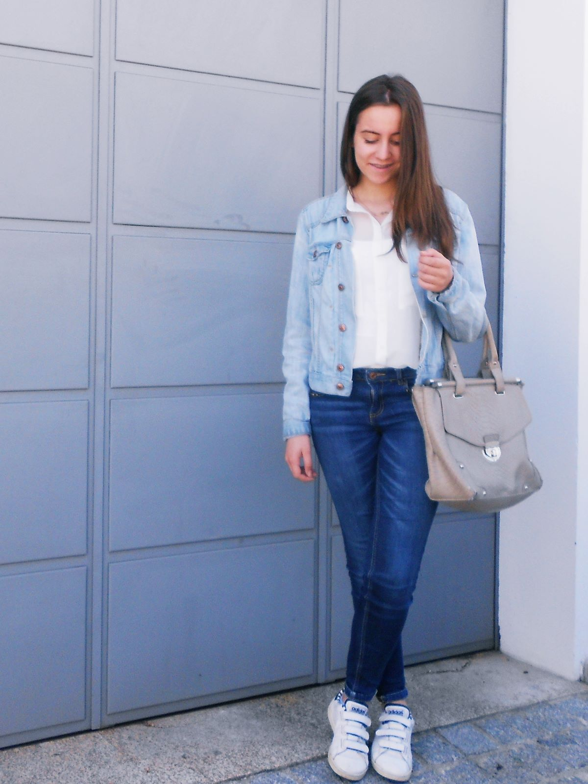 outfit | denim & white