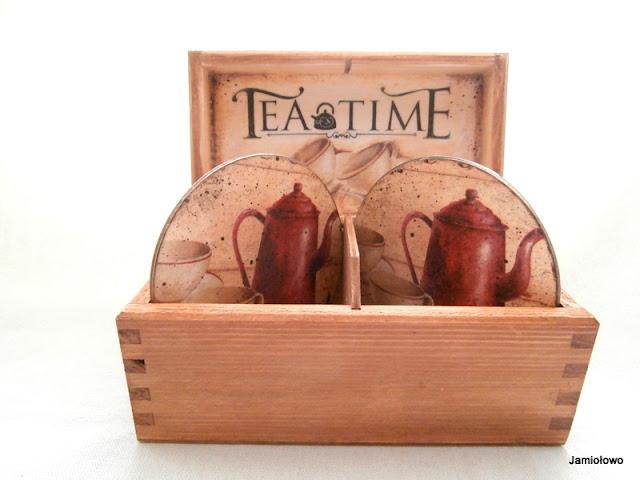 wewnątrz herbaciarki transferowy napis Tea Time