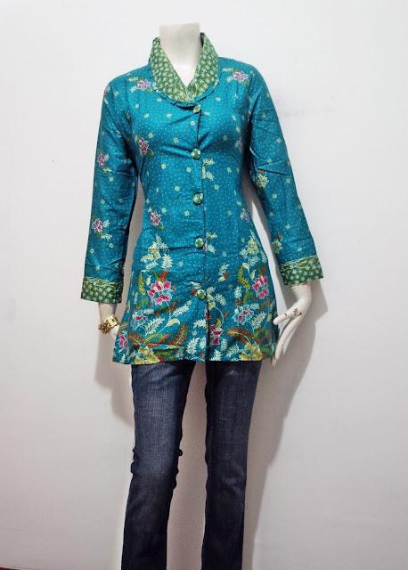 Desain Kemeja Kerja Wanita motif batik murah