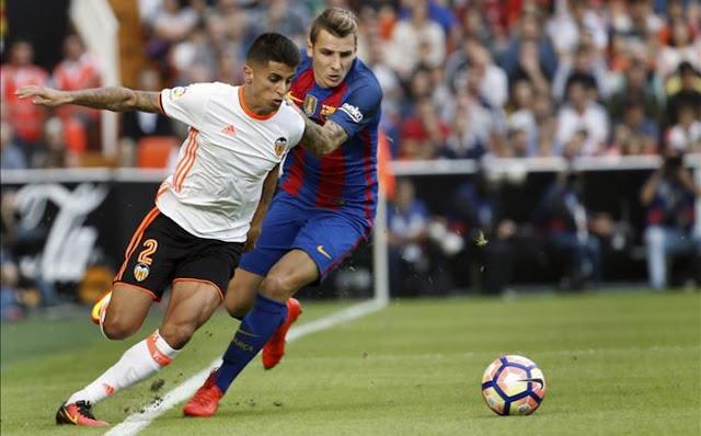 El Barcelona reactiva la opción Cancelo