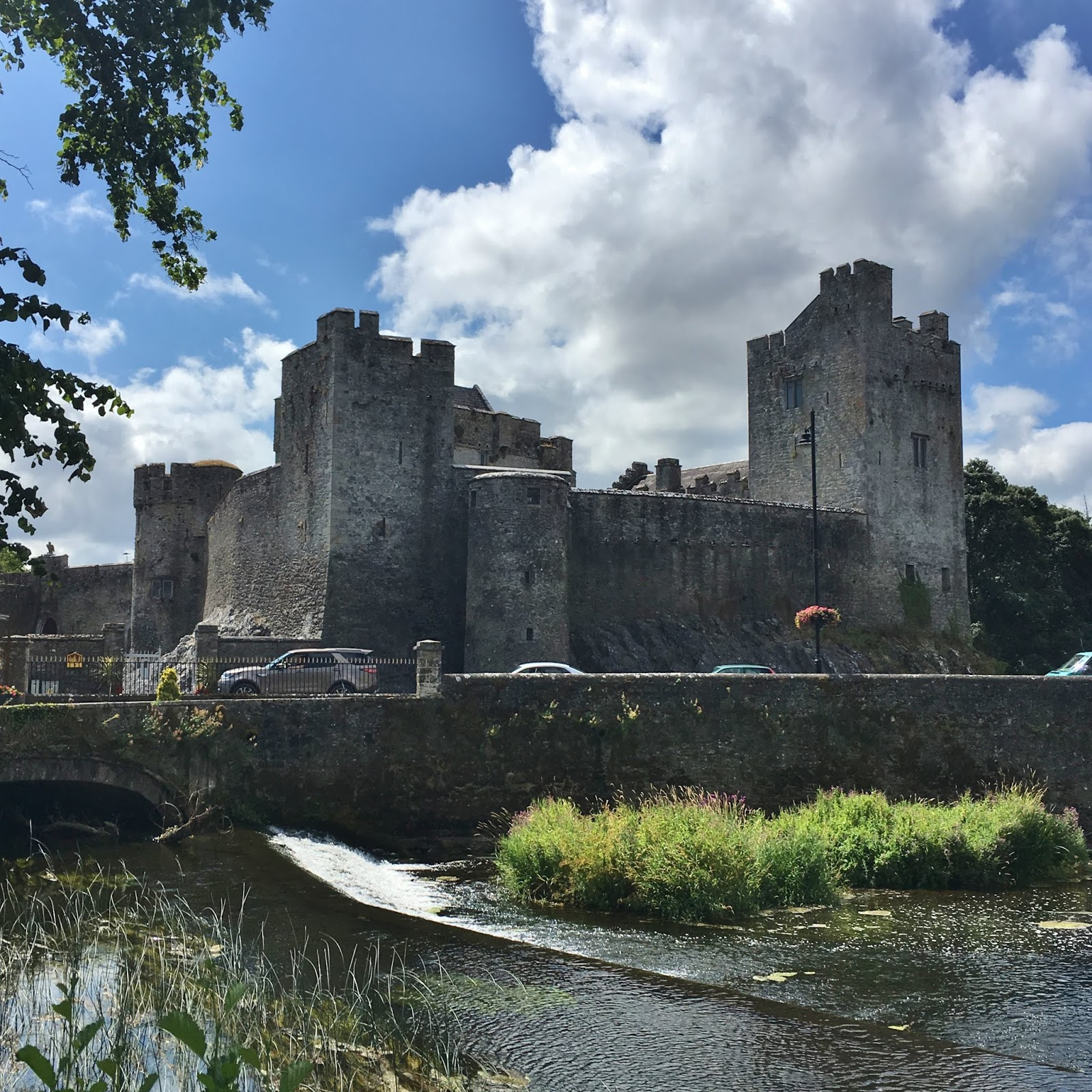 Airbnb | Cahir - Vacation Rentals & Places to Stay - County