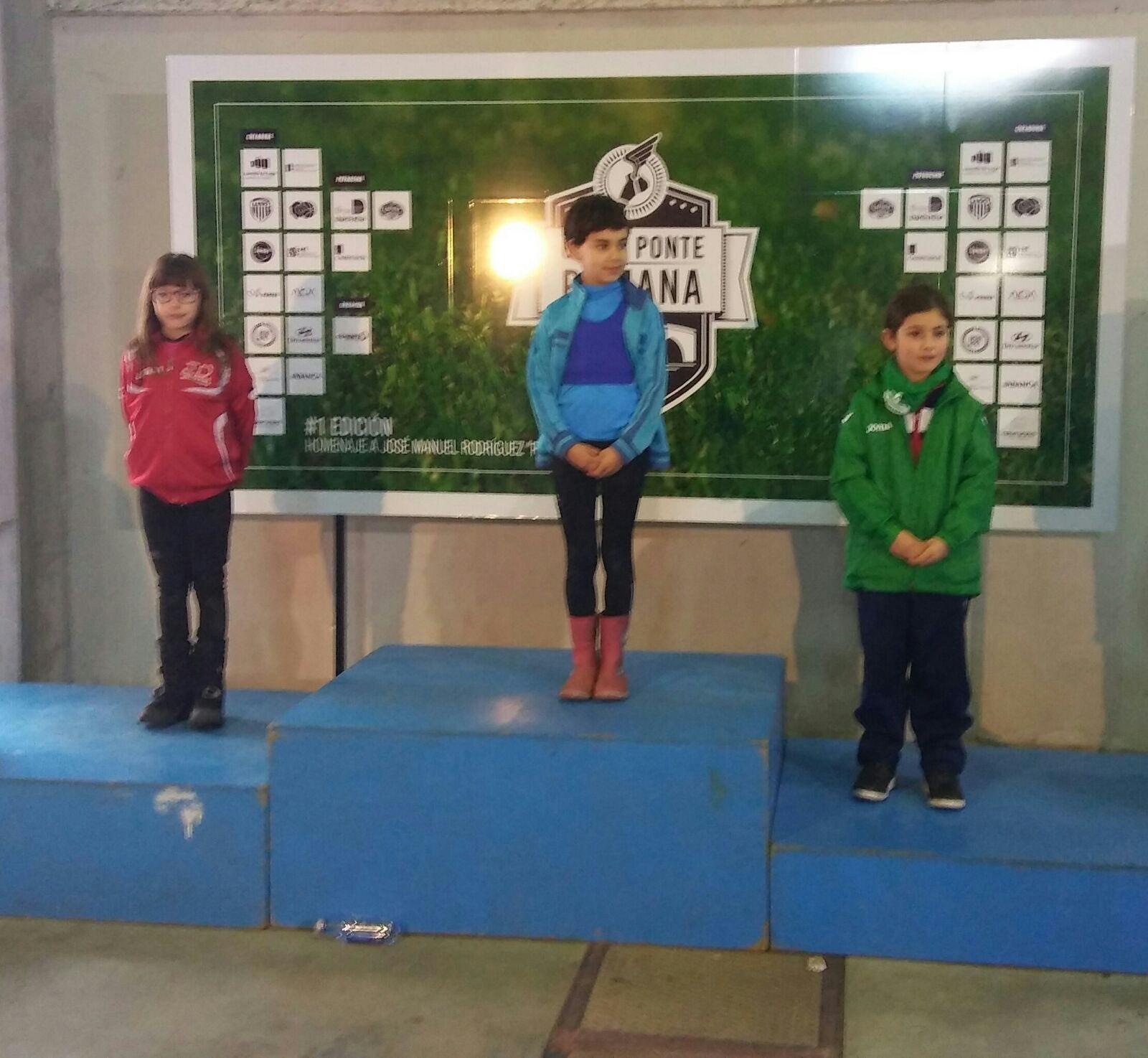 Escolas Deportivas Lourenz Nova Exhici N Do Maderas Barcia  # Muebles Huertas Lourenza