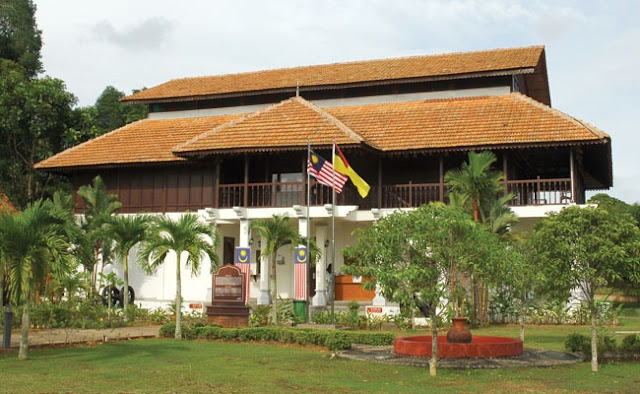 Tempat Menarik Di Port Dickson Muzoum Lukut