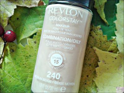 Revlon Colorstay puder za masnu i mesovitu kozu