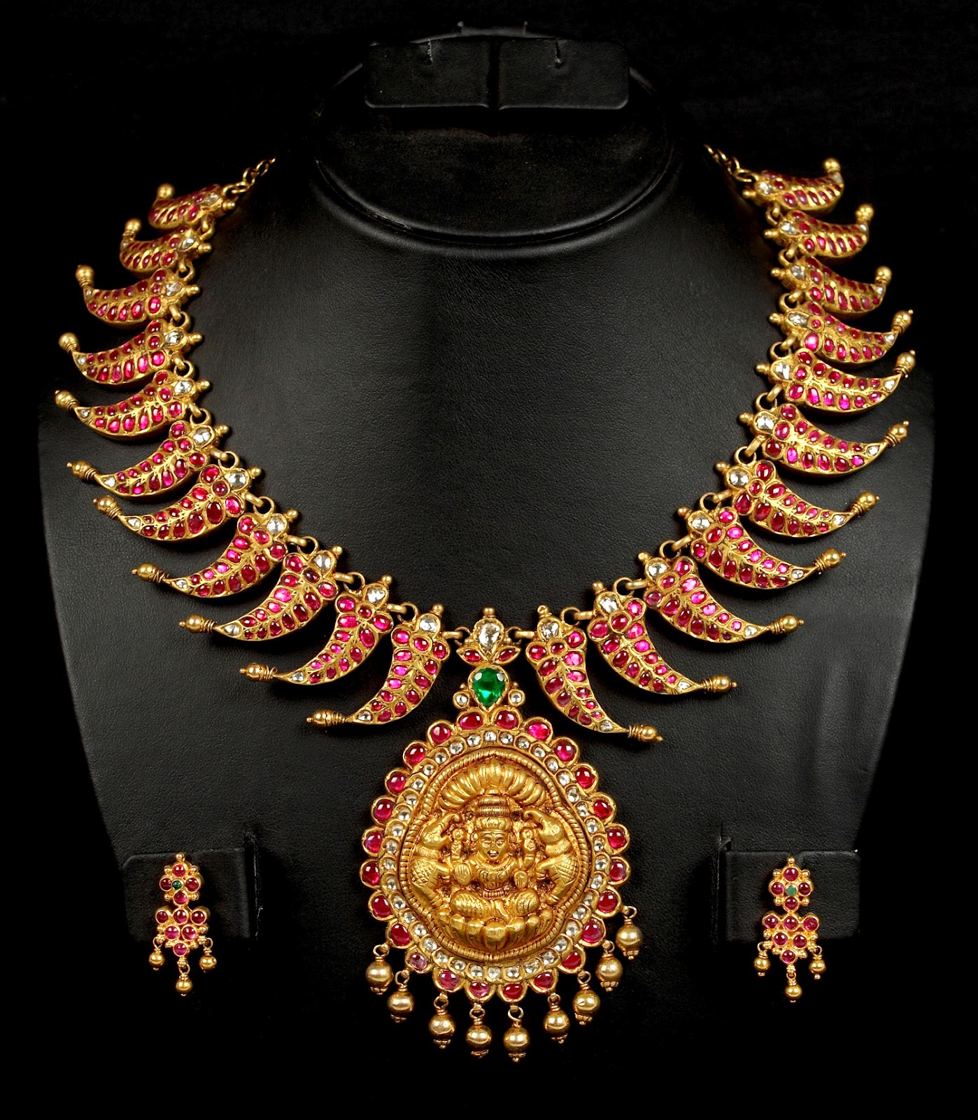 Antique Lakshmi Necklace Studded with Rubies - Jewellery ...