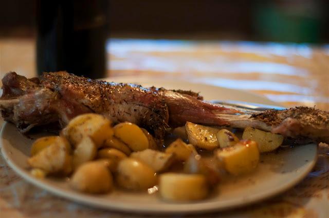 Cabrito al horno con patatas