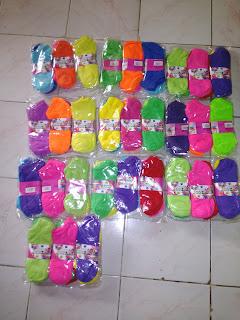 Koleksi Kaos kaki NeonSock Polos