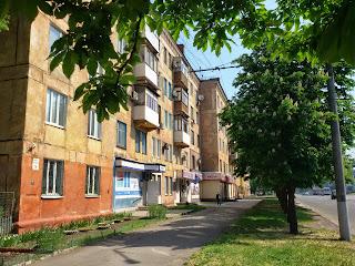 Продается 2-комнатная сталинка 5/5 эт. дома по ул. Мелешкина, 19 ( возле кинотеатра Олимп)