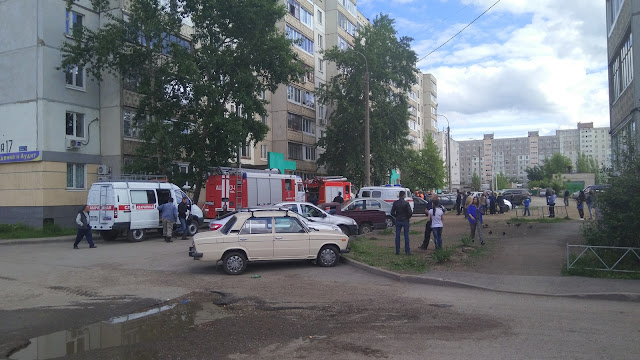 В Уфе во время пожара в квартире пострадали двое детей