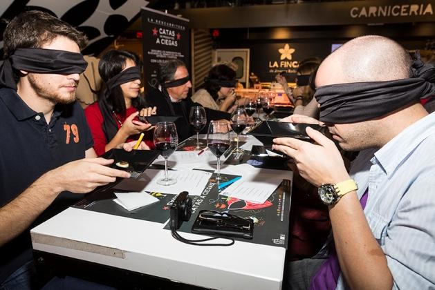 la descubriteca cata a ciegas en mercado de san anton