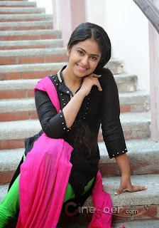 Beautiful India girls pic, Charming Girls photo, Actress Pics, Cure Girls pic